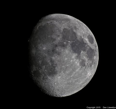 Image of the Moon at Lunar Phase Day 11.